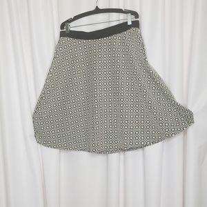 Boden black white floral jacquard a-line skirt 8L